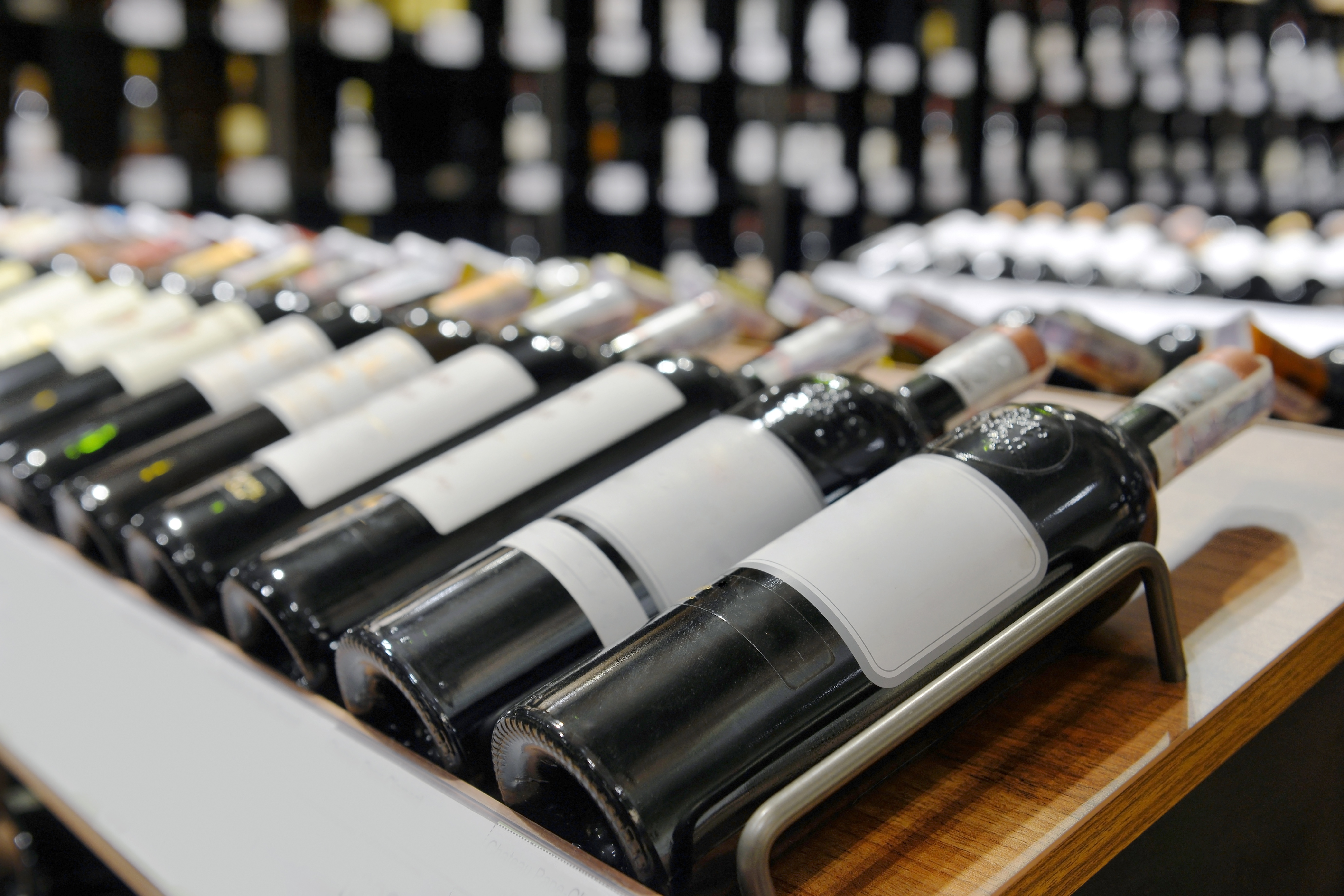 Do's and Don'ts of Buying Wine On Sale
