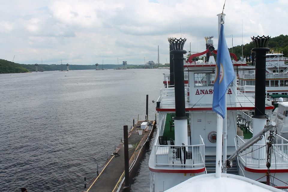 boat cruise-1.jpg